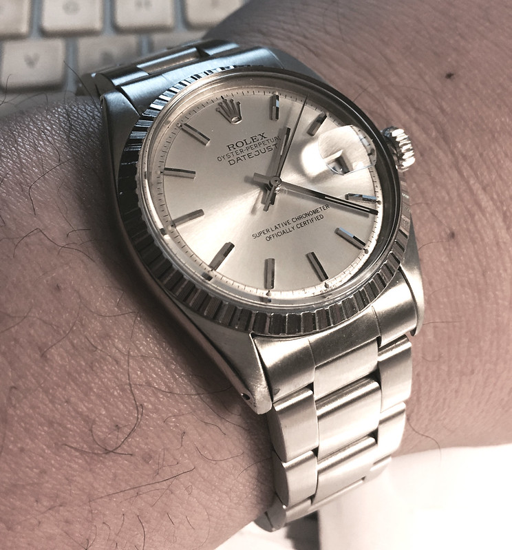 DJ 1603 wrist