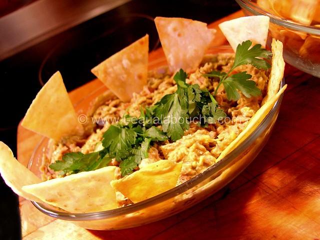 Dip d'Avocat & Thon Tortillas Chips © Ana Luthi Tous droits réservés 02