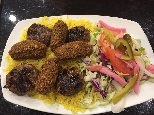 日, 2016-04-10 17:29 - King of Falafel & Shawarma