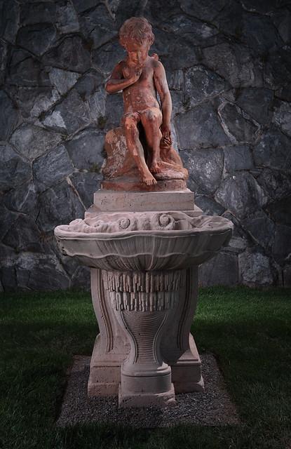 Exposure Blending on a Biltmore Statue (Test Shot)