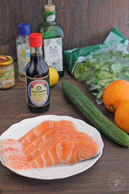 Salmón con lima y ensalada de naranja y pepino www.cocinandoentreolivos.com (4)
