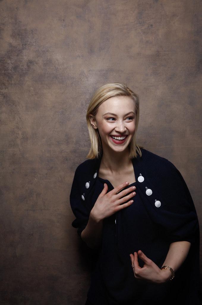 Сара Гадон — Фотосессия для «Возмущение» на «Sundance» 2016 – 1