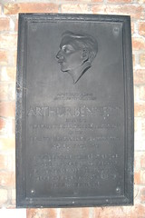 Photo of Arthur Bennett black plaque