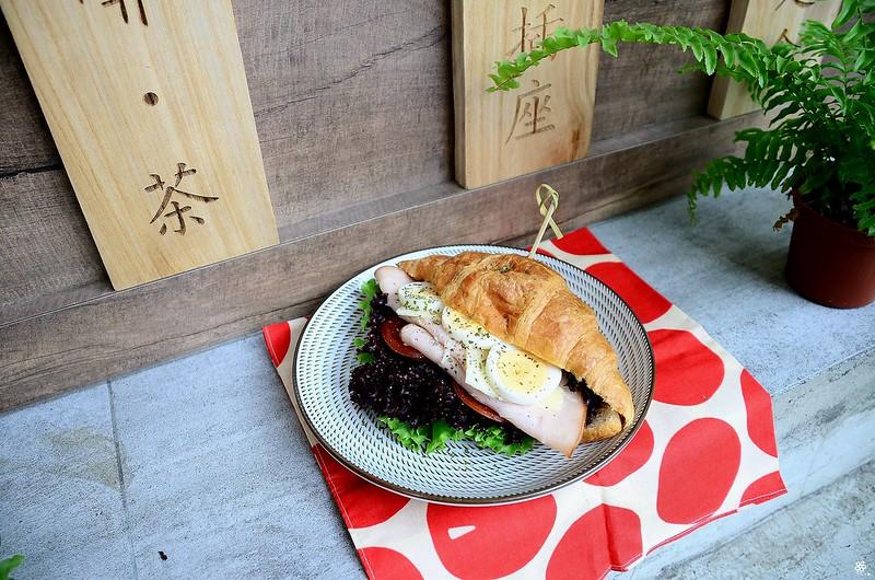 小空間板橋早午餐咖啡廳不限時推薦小倉庫菜單時間新埔 (26)