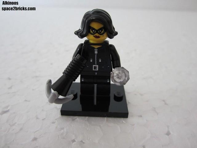Lego Minifigures S15 la voleuse