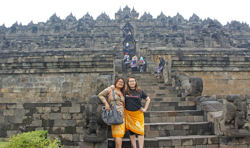 Borobudur, Yogyakarta - Suanie and Joyce at base