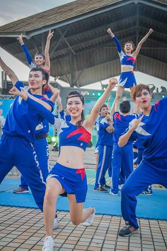 學校照片_新聞系啦啦隊 02