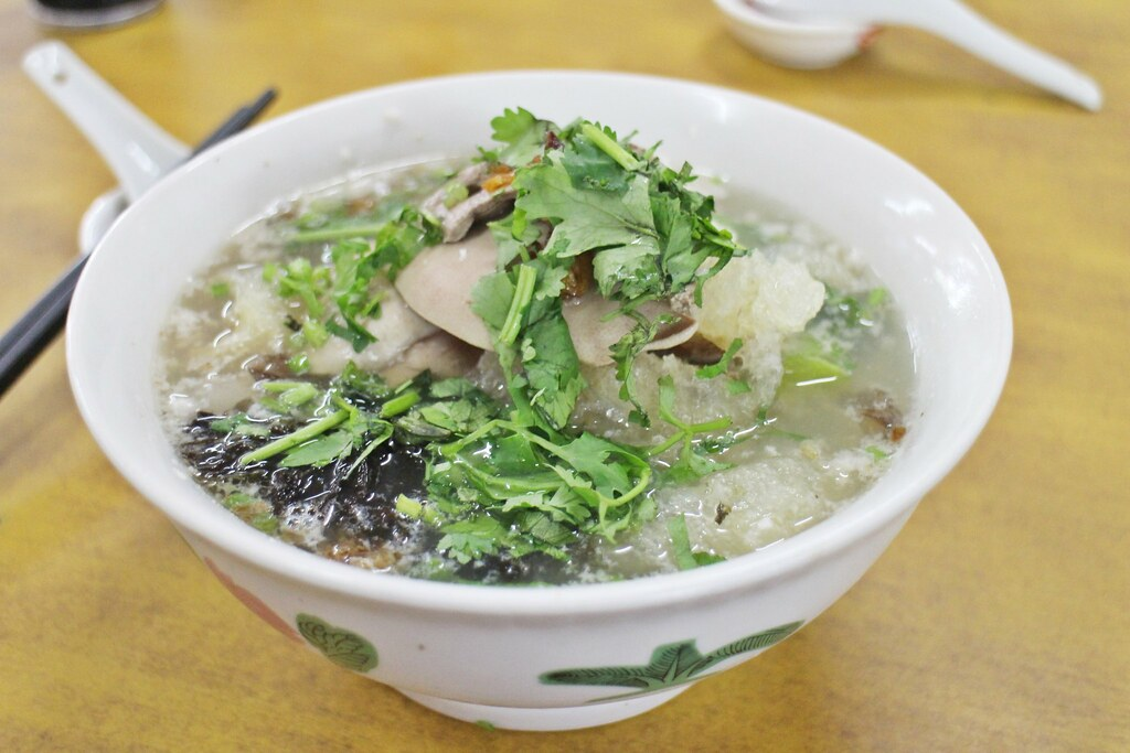 Ah Hua 亚华 Kway Teow Soup in a Bowl