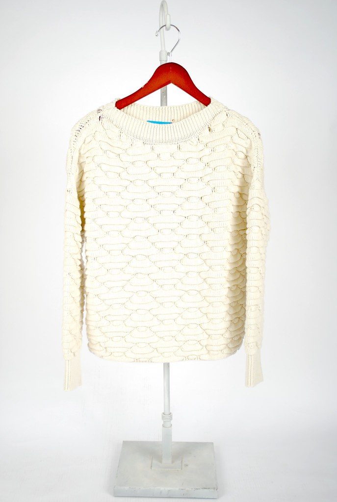 Blanco Sweater