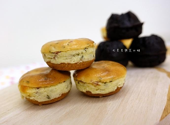 10 老胡賣點心 蜂蜜抹茶蛋糕捲 蜂蜜蛋糕捲 一口乳酪球 火腿乳酪球 一口巧克力