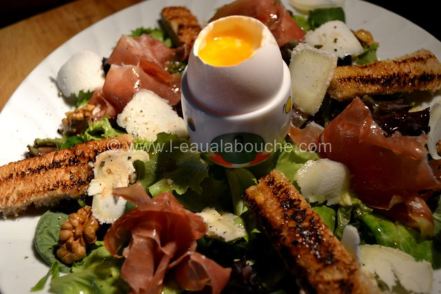 Salade au Crottin de Chavignol et au Serrano © Ana Luthi Tous droits réservés 06