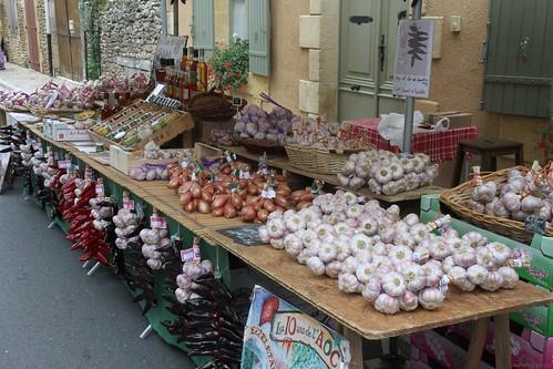 Sainte-Alvère, le marché (24, France) / Market at Sainte-Alvère