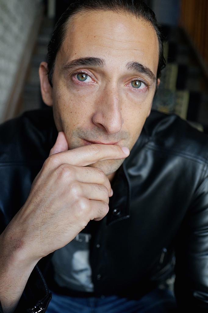 Эдриен Броуди — Фотосессия для «Сентябрь в Ширазе» на «TIFF» 2015 – 7