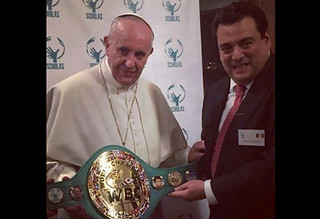 WBC-Präsident Sulaiman im Vatikan