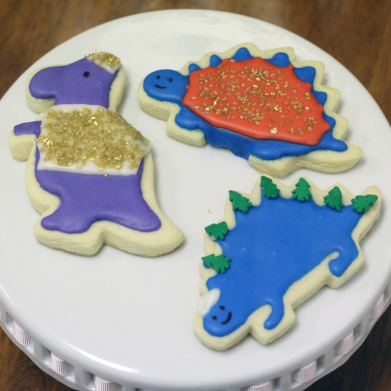 Christmas Dinos (3)