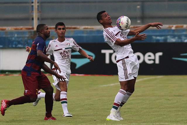 Fred marca três vezes, e Fluminense fica no empate com o Madureira