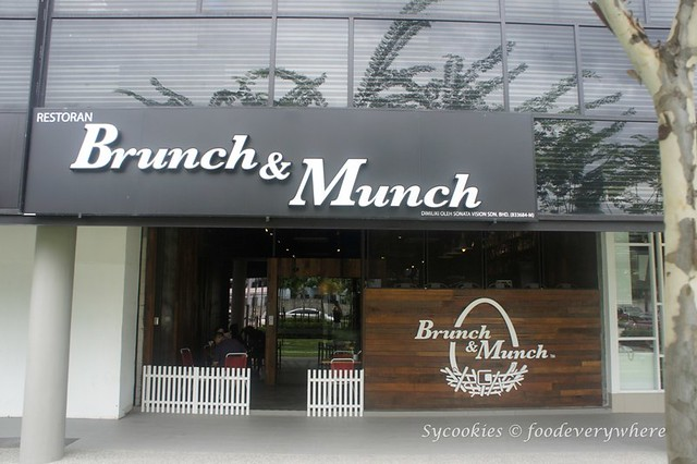 1.Brunch and Munch @ G - village