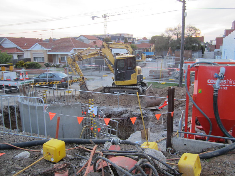 Bentleigh level crossing removal works