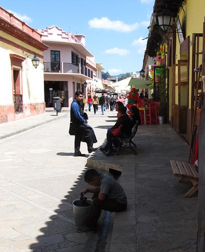San Cristóbal de las Casas: un autre jeune travailleur...
