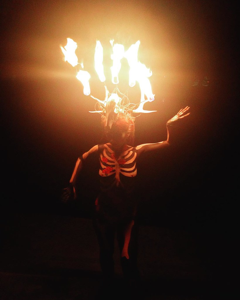In the park playing with fire! @ginavelazquez you did that with the body paint! @pyrokatie you are amazing!!!! Sorry for the poor quality.