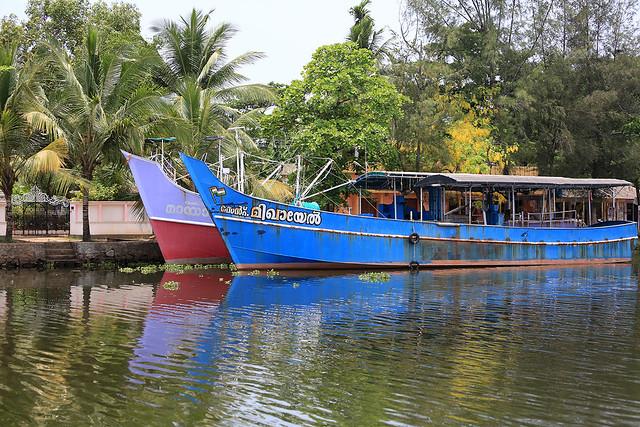 1604India-Boating21