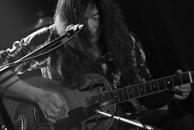 Taka O.E. live at Outbreak, Tokyo, 20 Apr 2016 (B-W) -1000051