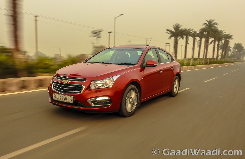 2016 CHEVROLET CRUZE FACELIFT INDIA (2)