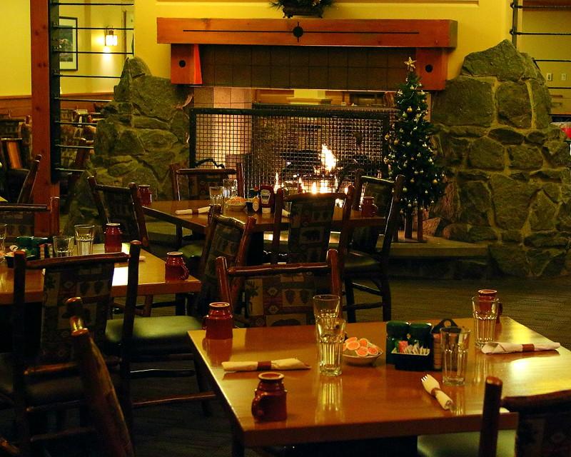 IMG_3815 Old Faithful Snow Lodge