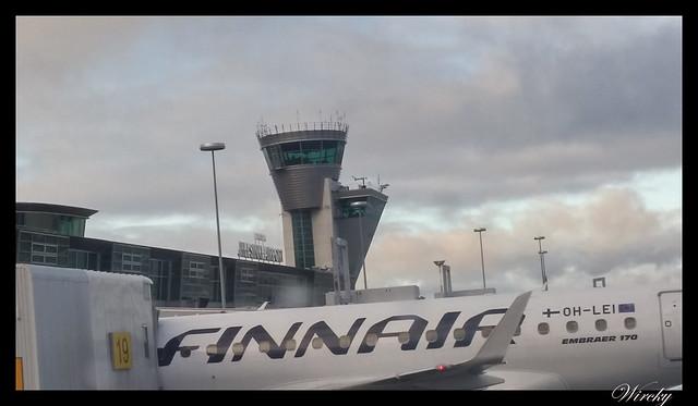 Laponia viaje Helsinki Rovaniemi - V del aeropuerto Vantaa