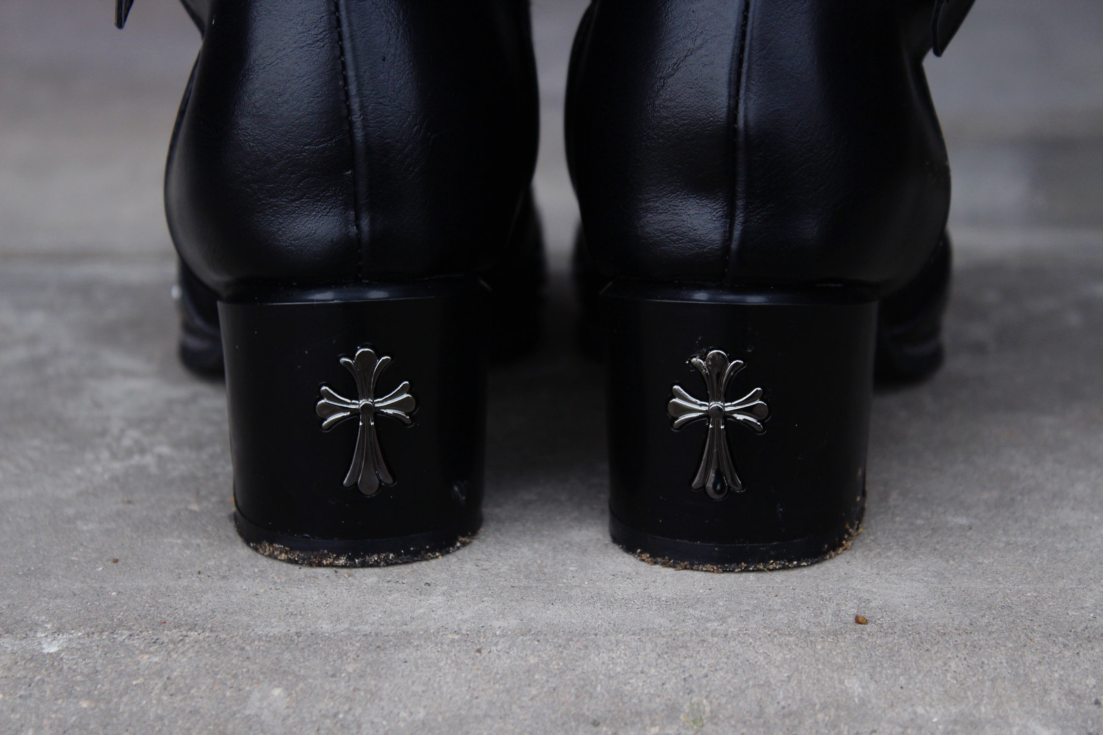 Edgy  boots from Lovelywholesale