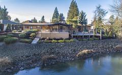 Dan King Images / River House
