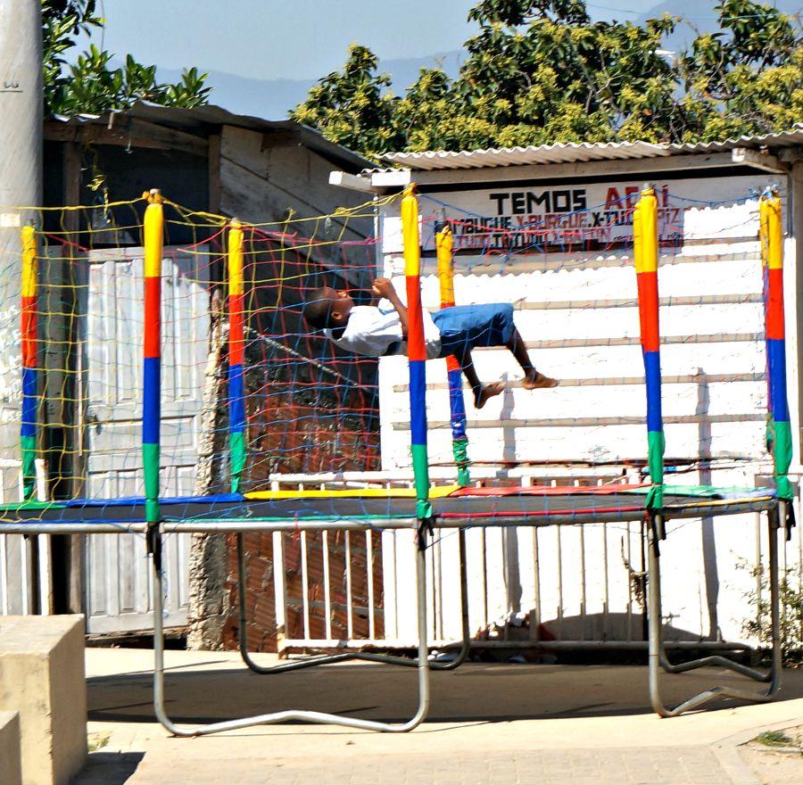 Favela Trampoline