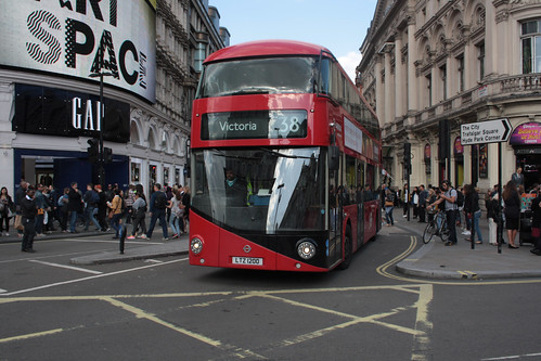 Arriva London North LT200 LTZ1200