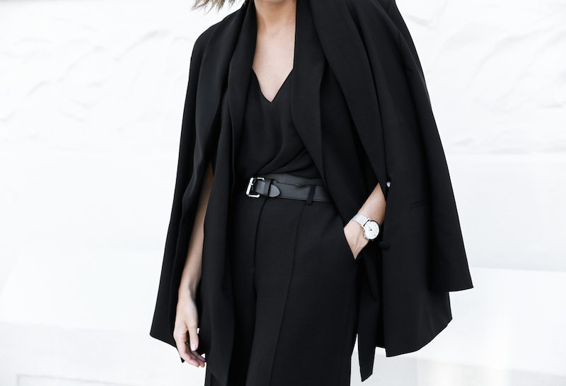 all black street style office work wear inspo suit Givenchy Antigona medium fashion blogger modern legacy  (1 of 2)