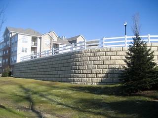 Redi-Rock-limestone-gravity-housingDevelopment-RRNE-ActonMAdevelopment8