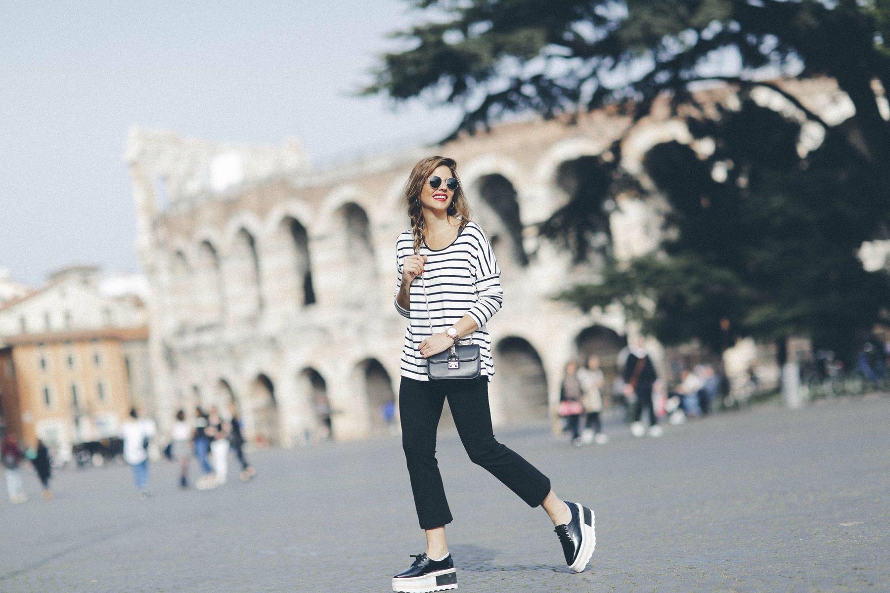 outfit look primavera spring rayas stripes zara mango valentino bolso bag blazer rayban verona street style trendy taste_5
