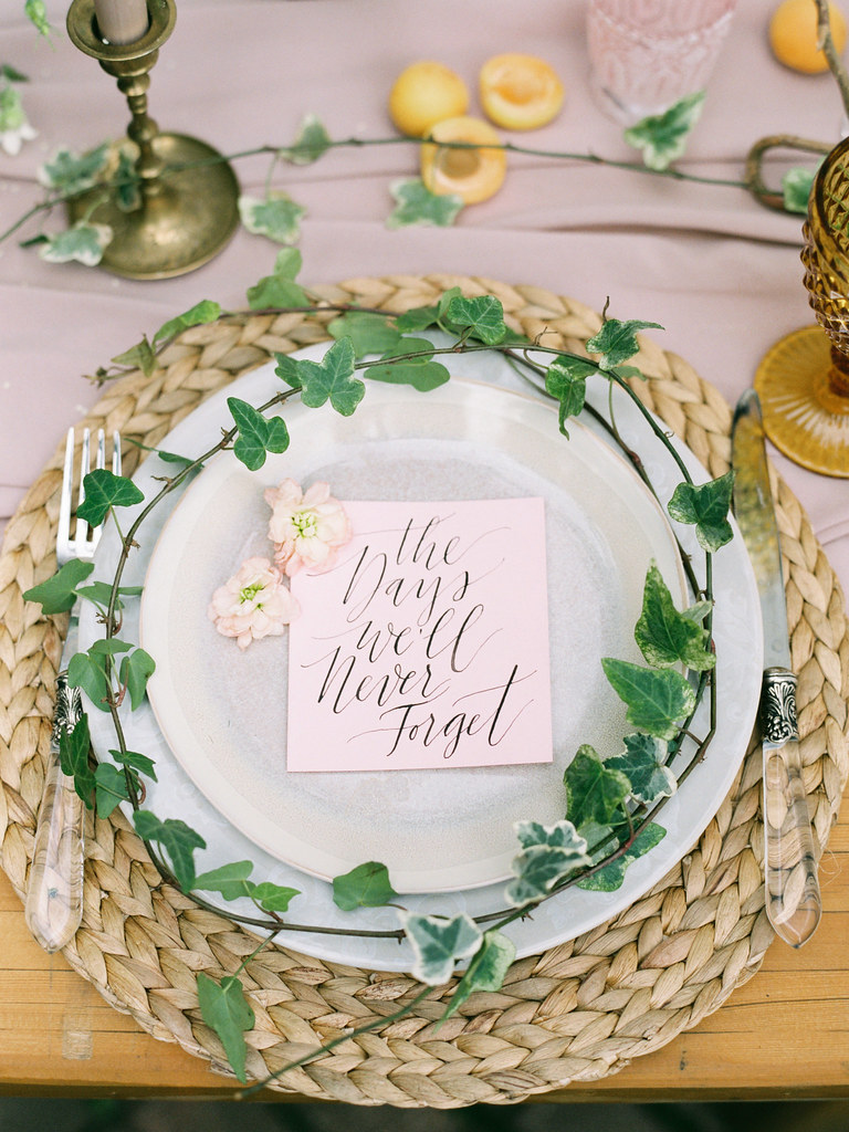 Greenery wedding place setting | photo by Elena Pavlova | Fab Mood - UK wedding blog #styledshoot