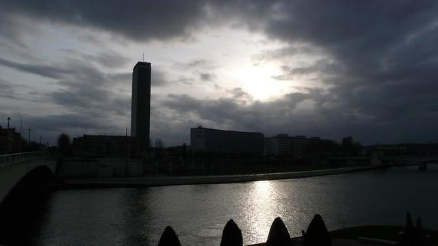 Rouen - Soleil et nuages sur la Seine