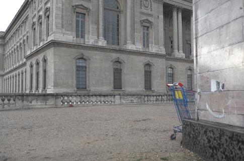 16c29 Louvre y alrededores tarde lluviosa_0067 variante Uti 485