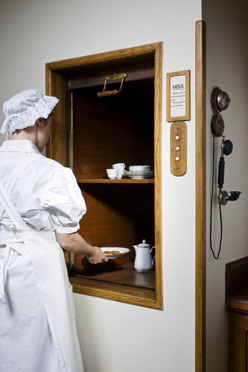 The dumbwaiter