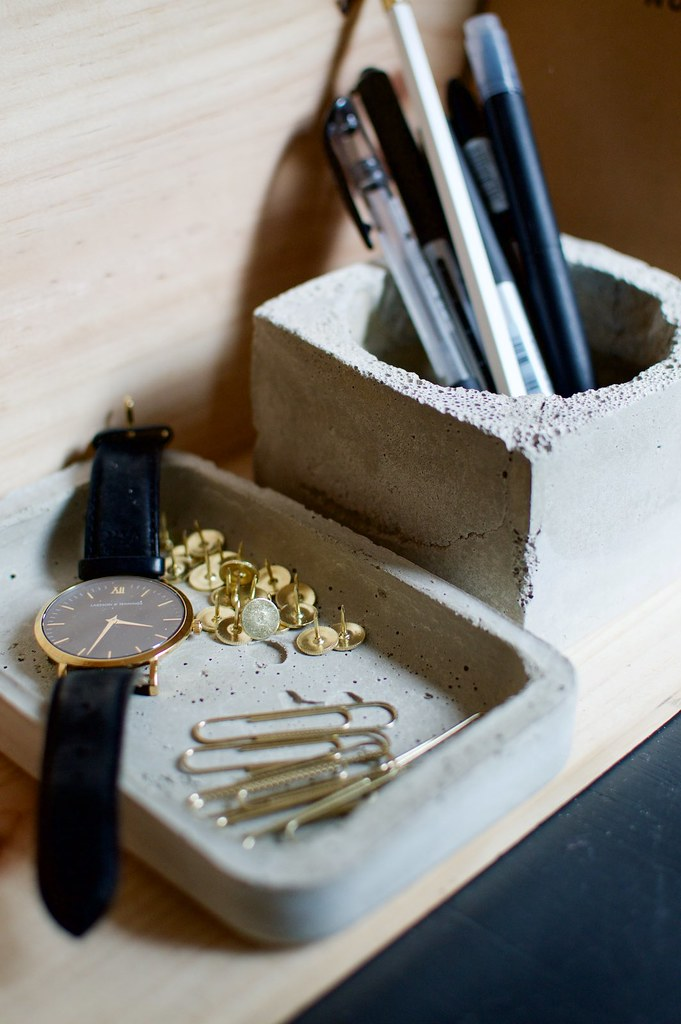 DIY Concrete Desk Set