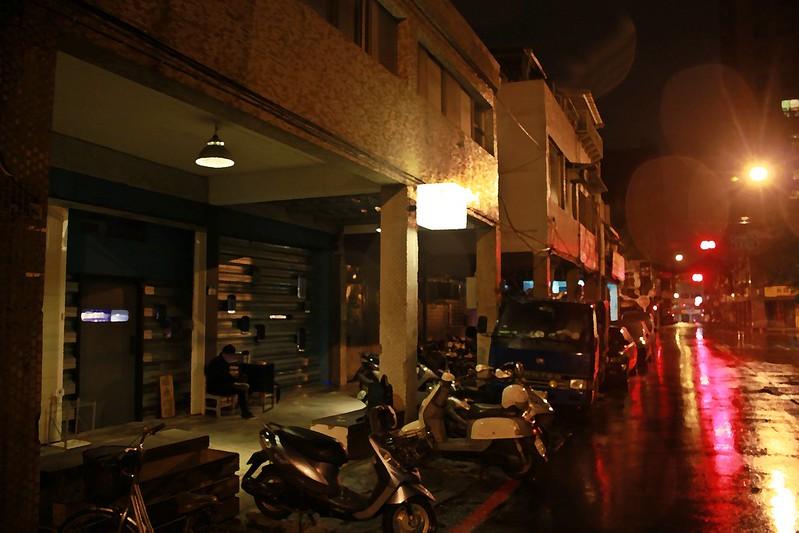 台北。深夜主題。暗角咖啡。17度C台北隨拍 (29)