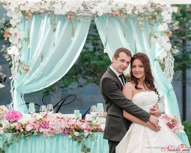 """Decor pentru nuntă şi floristică de la Agentia  """"Айлавью""""  > Adevăratul trend al acestor ani, culoarea care a devenit preferată de majoritatea mireselor."""