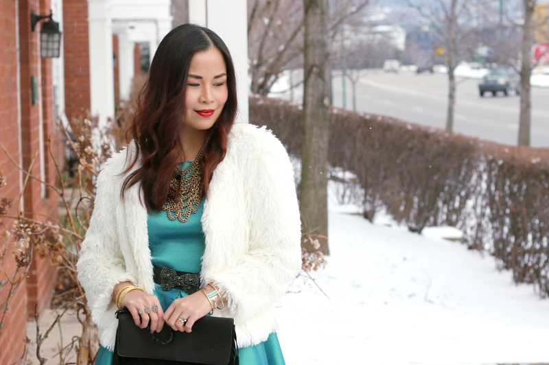 curly-hair-faux-shearling-jacket-snow-10