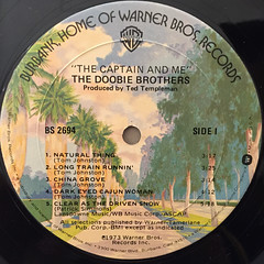 THE DOOBIE BROTHERS:THE CAPTAIN AND ME(LABEL SIDE-A)
