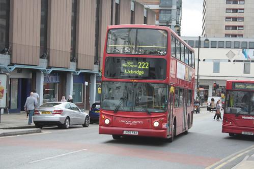 London United TA242 LG02FBJ