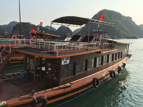 Baies de Lan Ha et d'Along: LE BATEAU