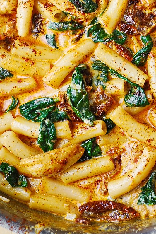 Asiago Chicken Pasta with Sun-Dried Tomatoes and Spinach ...