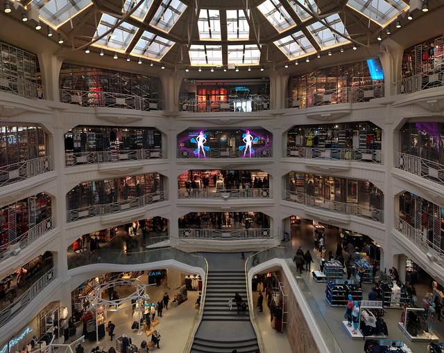 Primark Mall on Gran Via, Madrid (2016)