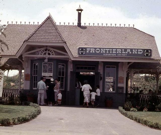 frontierlandstation1